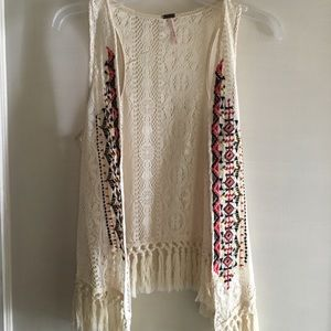 Poof! front embroidered lace fringed vest, size S
